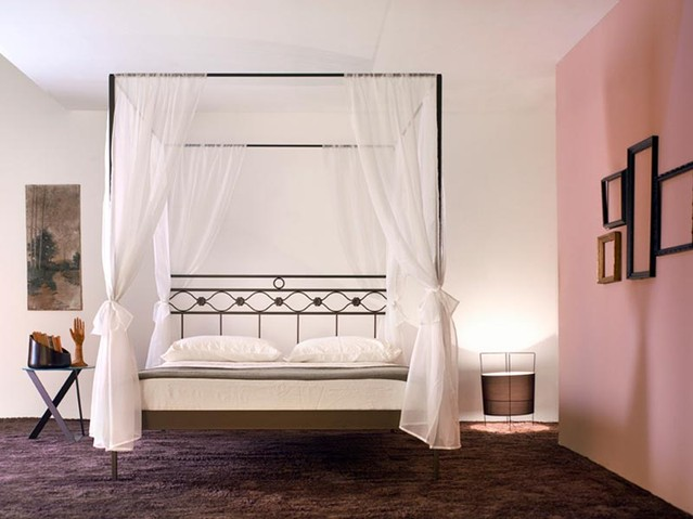 Letto baldacchino divina vendita on line di lettiin - Camera da letto con baldacchino ...