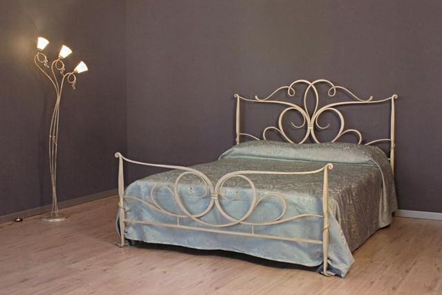 Letto girasole matrimoniale vendita on line di letti in for Letti a castello in ferro battuto
