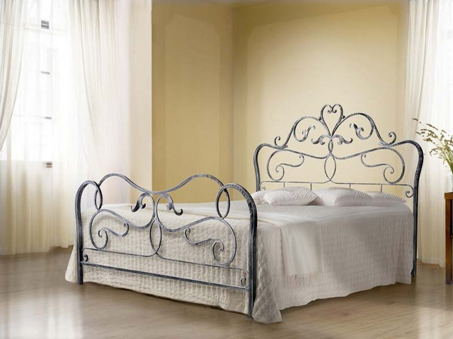 Letto rubens matrimoniale vendita on line di letti in for Divani in ferro battuto